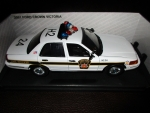 1/18 Pennsylvania State Police Ford Crown Victoria with Flashing Lightbar & Siren
