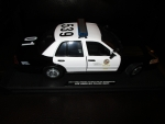 1/18 LAPD Ford Crown Victoria with Emergency Vehicle Flasher Lighting Package Installed